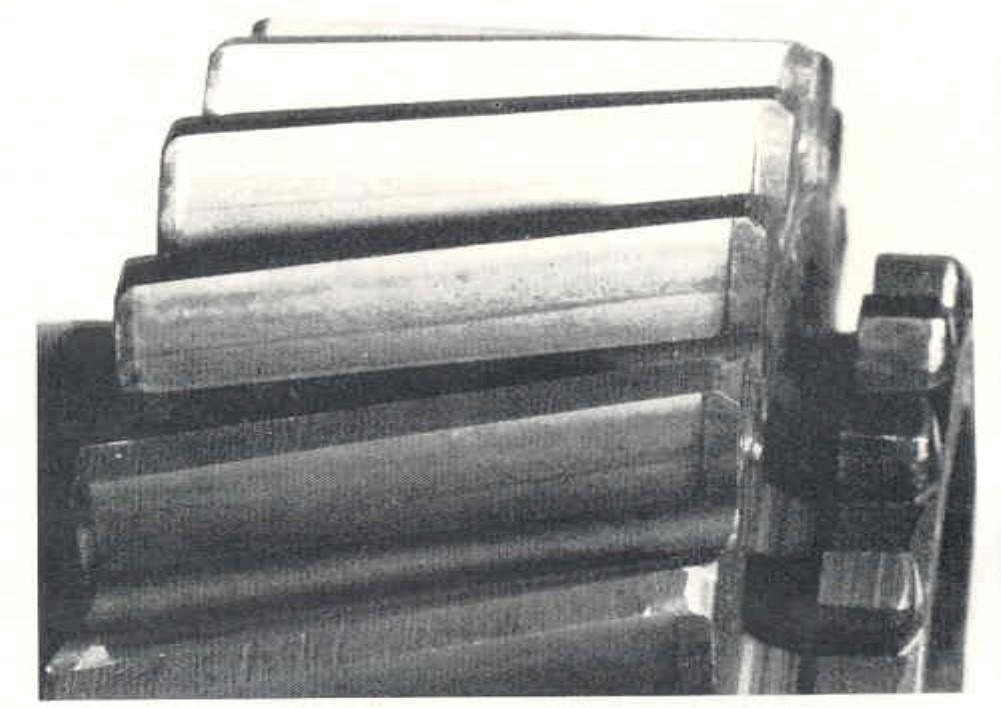 سایش ساینده در چرخ دنده های صنعتی